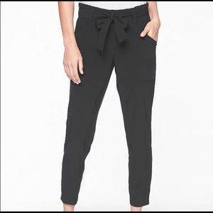 Athleta Skyline Pant Size 6 Black